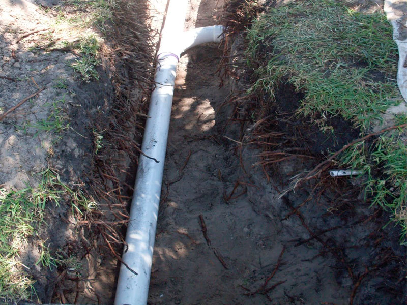 excavating-replacing-drain-sewer-pipes